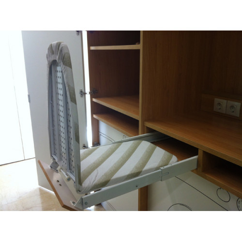 Tabla planchar armario for Mueble para guardar tabla de planchar